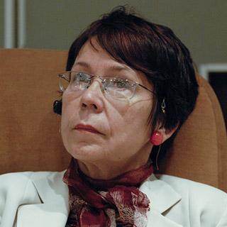 Dr Magda Stavinschi