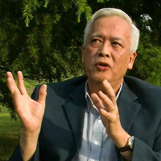 Prof Trinh Thuan