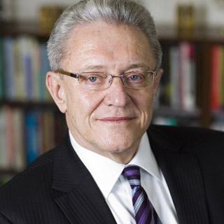 Prof Wentzel van Huyssteen
