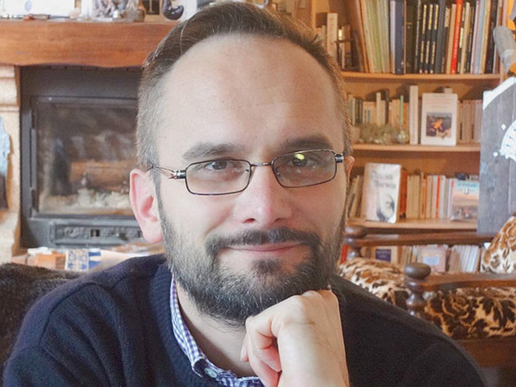 Dr. Fabien Revol