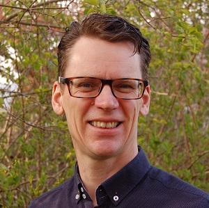Dr Jon Topham
